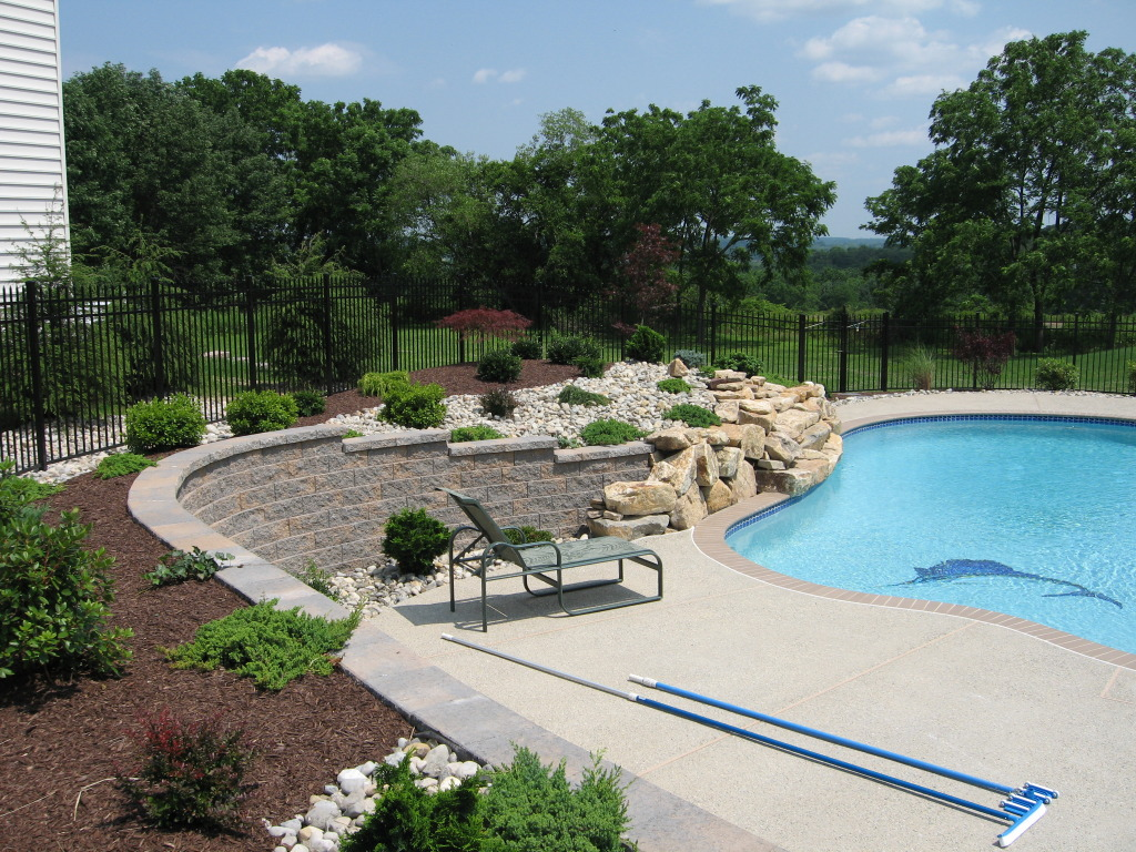 Swimming pool designers greenworks quakertown pa for Pool design consultant